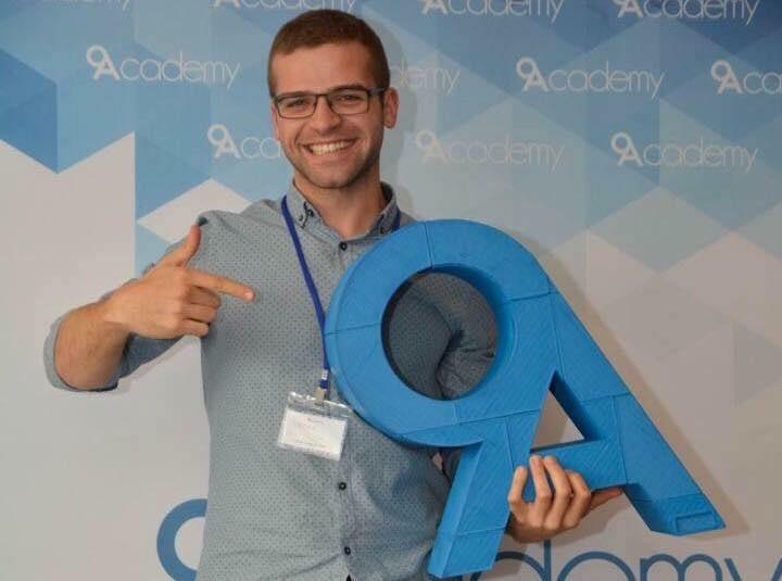 Питър Петков е един от участниците в Сезон 4 на 9Academy. Научете повече за него в интервю за Академията.